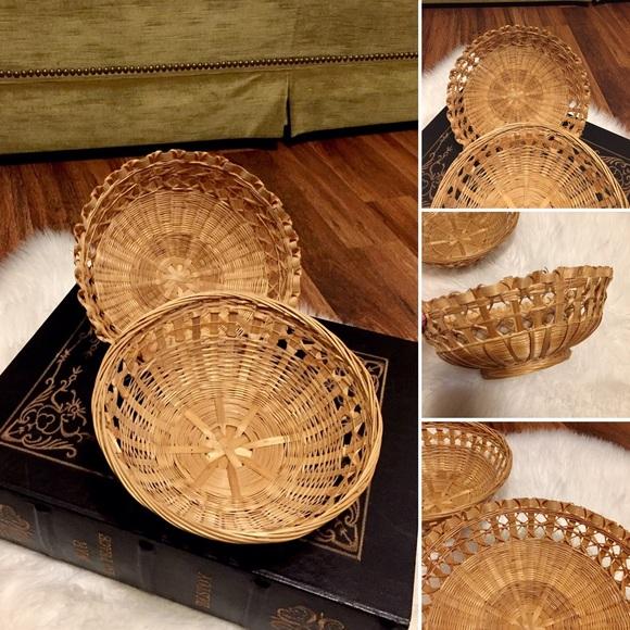 🦋2/$10 3/$15 4/$18 5/$20 Vintage Basket Set